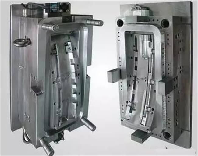 Plastic Injection Molded Parts Vs Aluminum Casting Parts